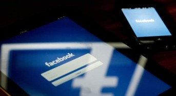 Record One Billion People Check Facebook Daily