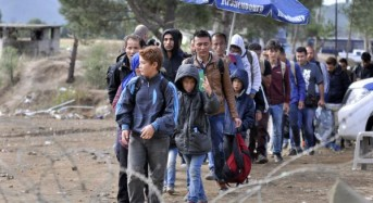 Britain to accept refugee children separated from families