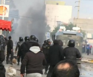 Tunisia-under-curfew-after-unemployment-protests