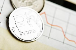 Russians-defend-ruble-at-tongue-in-cheek-rally