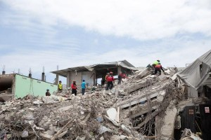 Ecuador-earthquake-death-toll-rises-to-nearly-650