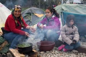 Migrants-stranded-at-border-in-Greece-living-in-squalor