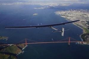 Solar-Impulse-2-lands-in-California-after-Pacific-Ocean-crossing