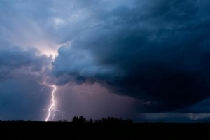 Up-to-4Ten children and one adult were injured by a lightning strike during an outdoor birthday party in Paris, France. Photo by jctabb/Shutterstock6-people-many-children-injured-in-lightning-strikes-in-France-Germany