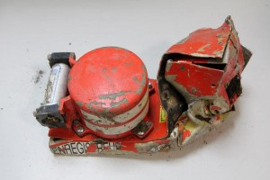 EgyptAir-MS804-flight-recorder-signals-to-stop-in-10-days