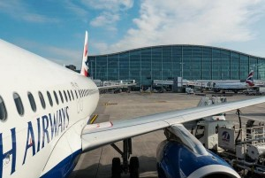 Man-arrested-at-Londons-Heathrow-airport-on-suspicion-of-terrorism-police-say