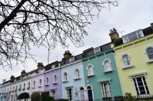 Painted property fronts are seen in a residential street in London, Britain, January 29, 2016. REUTERS/Toby Melville/File Photo
