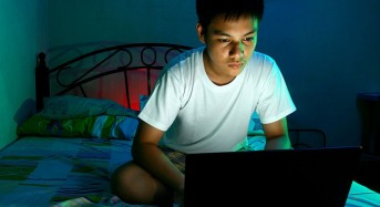 Don't lose sleep over screentime at night