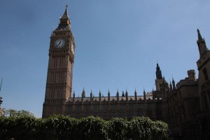 leader-of-uk-independence-party-bowing-out-18-days-after-election