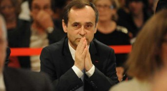 French mayor to be tried for Muslim 'problem' comments