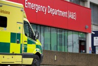 Winter crisis shows UK health service at 'tipping point'