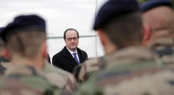 Fighting IS group in Iraq prevents terror at home, Hollande tells troops