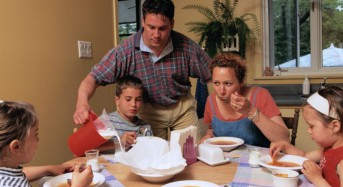 Home-cooked meals, no TV during dinner may reduce risk for obesity