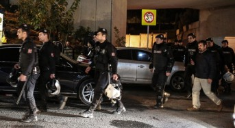 Turkish police kill two suspected Islamic State militants in raid: media