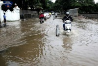 Mass monsoon floods in South Asia a humanitarian crisis, aid group says