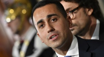 Stalemate in government talks pushes Italy's Five-Star to call for snap election
