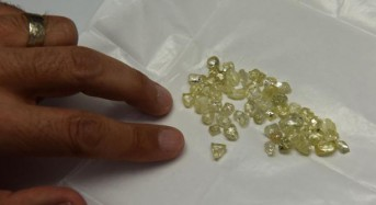 De Beers to produce synthetic diamonds for first time
