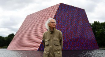Christo unveils first British project — mastaba on London lake