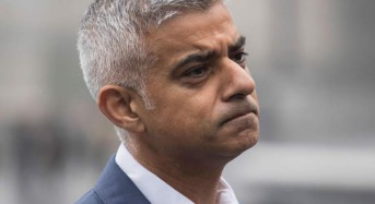 Sadiq Khan orders London's emergency planners to prepare for no-deal Brexit