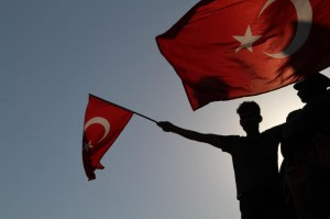 turkish-lira-hits-new-low-as-us-conflict-deepens