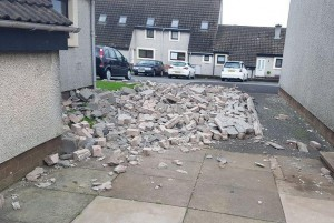 storm-ali-sets-wind-record-kills-at-least-1-in-northern-ireland