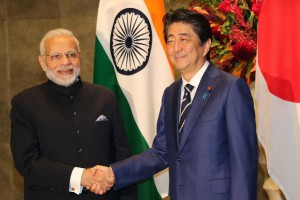 Indian Prime Minister Narendra Modi (L) and Japan's Prime Minister Shinzo Abe (R) held a summit in Tokyo on Monday. Pool Photo by Koji Sasahara/EPA-EFE