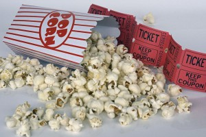 Peruvian movie-goers can enjoy popcorn in movie theaters without having to pay the prices of stores inside the theaters. Photo courtesy Annca/Pixabay