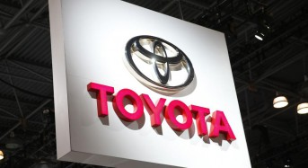 Toyota and Softbank aim for driverless car services by 2020