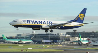 France impounds Ryanair plane on tarmac for unpaid bills