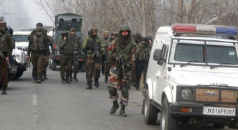 Suicide bomber rams bus in Kashmir, kills at least 36 India troops