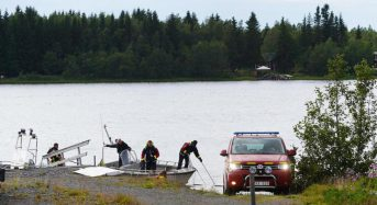 9 skydivers dead after plane crashes on Swedish island