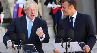 Macron firm on backstop as Brexit talks with British prime minister continue