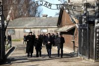 German Chancellor Angela Merkel makes first official visit to Auschwitz